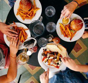 jedzenie na mieście